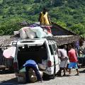 Taxi-brousse malgache (1) : la gare routière